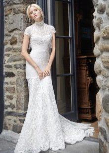 Свадебное платье из гипюра  закрытое