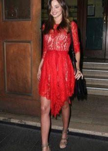 Красное платье для женщин цветотипа Лето