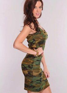 Камуфляжное обтягивающее трикотажное платье