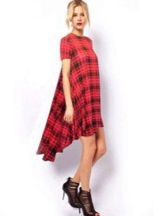 Красное платье в клетку с ассиметричной юбкой