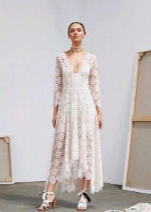 Кружевное платье миди короткое спереди длинное сзади