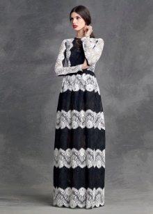 Черное-белое кружевное платье в полоску