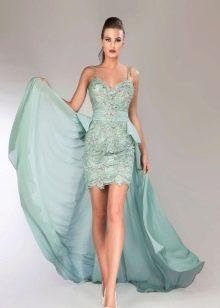 Кружевное платье со шлейфом мини