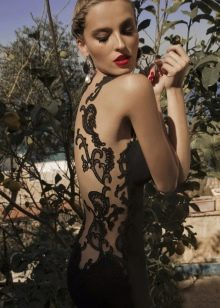 Платье с кружевной спиной черное