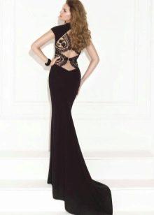 Платье с кружевной спиной со шлейфом