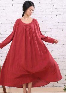 Длинное льняное платье свободного кроя