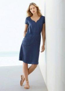 Синее льняное платье