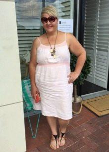 Льняное платье с завышенной талией для полных