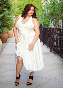 Белое длинное платье с завышенной талией для полных женщин