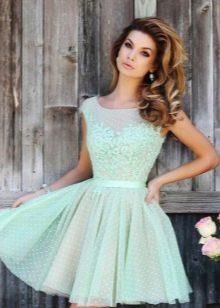 Шифоновое платье бэби долл отделанное кружевом с многослойной юбкой