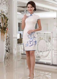 Платье чионгсам
