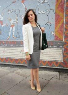 Платье-футляр в сочетание с пиджаком