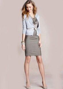 Платье-футляр с кардиганом