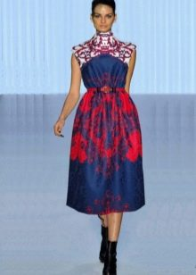 Платье миди из неопрена