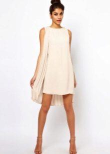 Короткое белое платье из полиэстера