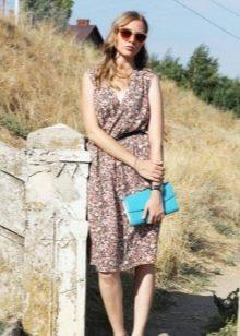 Платье из штапеля с запахом
