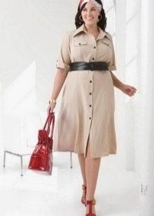 Платье-поло в стиле сафари с ремнем для полных
