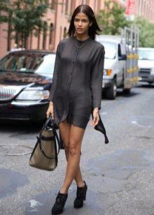 Платье-рубашка для девушек с фигурой песочные часы