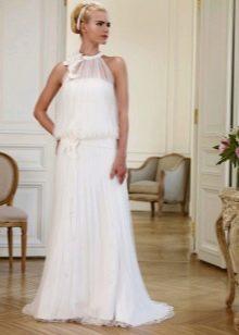 Свадебное платье с американской проймой отделанной кружевом