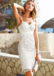 Платье белое кружевное с корсетом