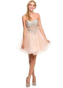Персиковое короткое платье с корсетом