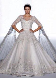 Модное свадебное платье с корсетом