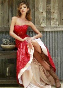 Красное длинное платье с корсетом