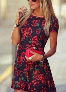 Аксессуары и украшения к платью с розами