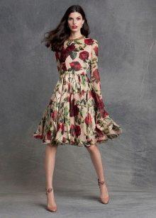 Туфли на шпильке к платью с розами