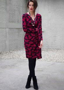 Платье с запахом на осенне-весенний период