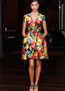 Платье разноцветное с запахом