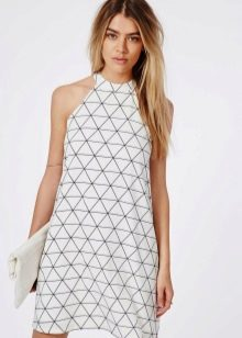 Платье-шифт с американской проймой