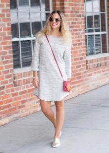Платье-шифт со слиперами