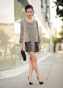 Леопардовое платье-шифт