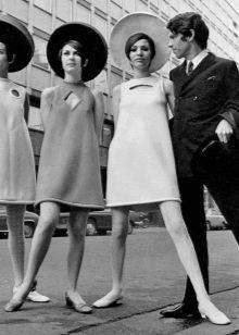 Платье шифт из истории