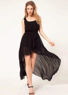 Черное летнее платье со шлейфом