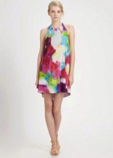 Летнее платье-трапеция разноцветное
