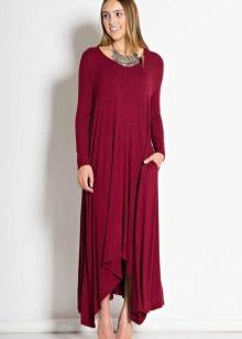 Длинное платье трапеция в пол