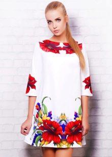Платье-трапеция с рукавом длиной 3/4 с цветами