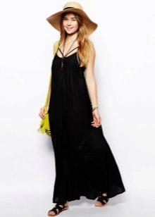 Черное длинное платье трапеция