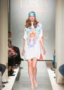 Платье-туника на модном показе