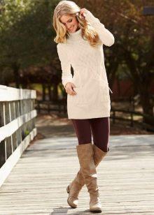 Зимнее вязаное платье-туника