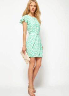 Короткое зеленое платье тюльпан