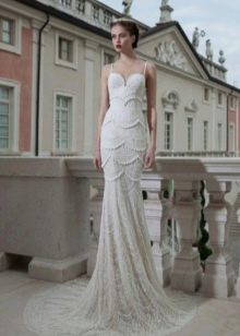 Платье в стиле Чикаго со шлейфом, украшенное бисером