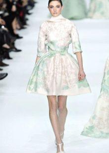 Свадебное платье в стиле Одри Хепберн а-силуэта