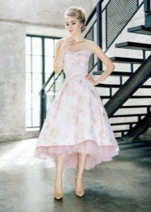 Короткое спереди длинное сзади платье в стиле стиляг