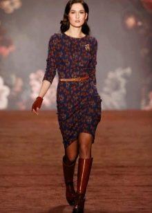 Платье футляр в стиле стиляг с рукавом