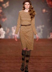 Платье футляр в стиле стиляг закрытое