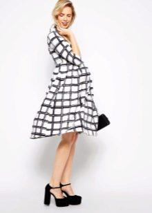 Клетчатое платье для беременной