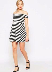 Платье в полоску для беременной